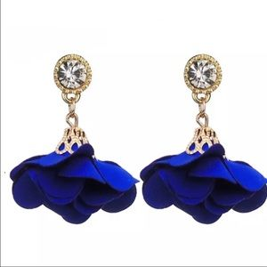 Jewelry - Royal Blue Flower Drop Earrings